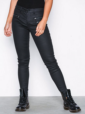 Vero Moda svarta byxor Vmseven Mr Slim Coated Zipper Pant Svart