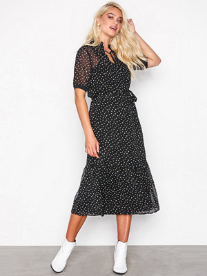 Sisters Point Eliza Dress Black