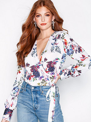 NLY Trend Wrap Blouse Vit/Mönstrad