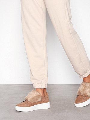 Duffy Faux fur sneaker Camel