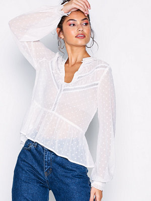 NLY Trend Lace Heaven Blouse