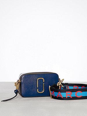 Marc Jacobs omönstrad axelväska Snapshot Marc Jacobs Blue Sea