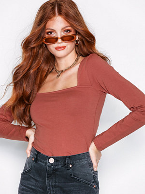 NLY Trend Square Neck LS Top Rust
