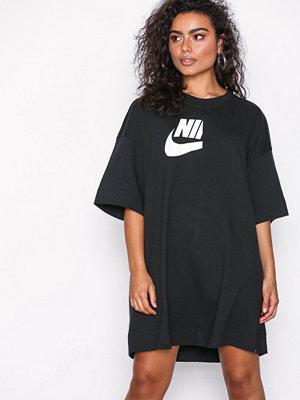 Nike NSW Essential Dres Svart
