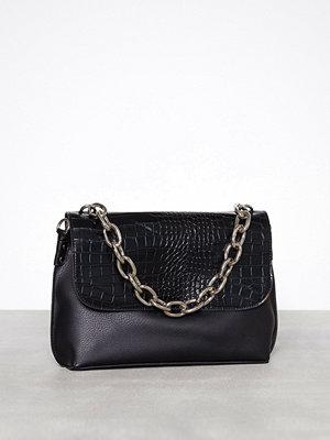New Look axelväska Faux Crocodile Chunky Chain Cross Body Bag Black