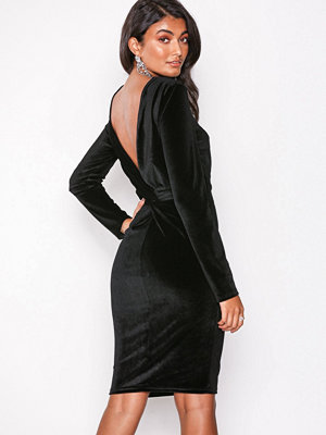 NLY Eve Twist Back Midi Dress Svart
