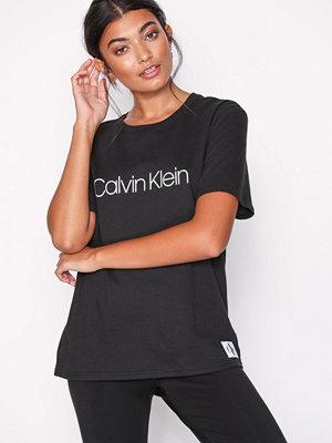 Pyjamas & myskläder - Calvin Klein Underwear S/S Crew Neck Svart
