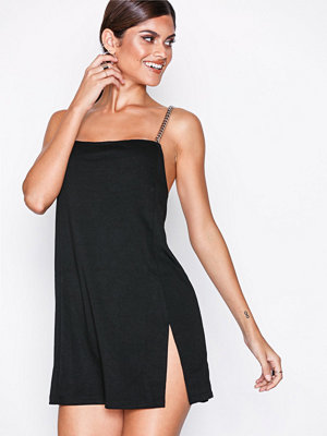 Motel Chanista Dress Black