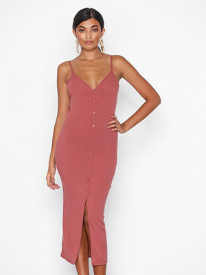 NLY One Rib Button Dress Röd
