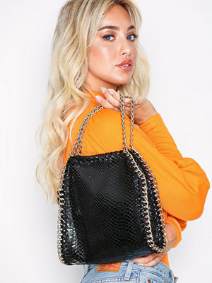 Handväskor - Missguided Chain Bag Black