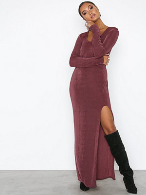 NLY Trend Round Slit Dress Mörk Röd