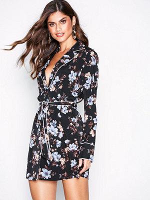 Missguided Floral Pyjama Shirt Dress Black