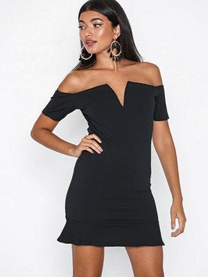 Missguided Bardot Flippy Hem Dress Black