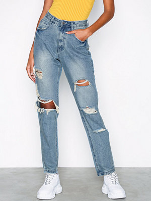 Missguided Low Rise Ripped Boyfriend Jeans