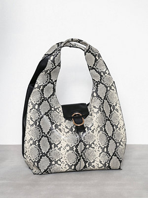 Handväskor - Topshop Haya Snake Effect Hobo Bag Nature