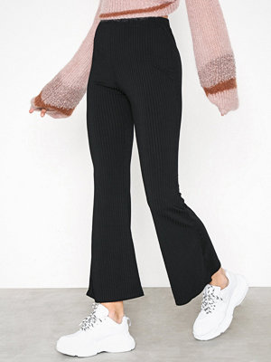 New Look svarta byxor Rib Flare Trousers Black