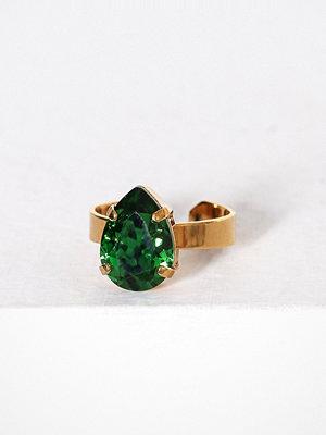 Caroline Svedbom Mini drop ring Moss