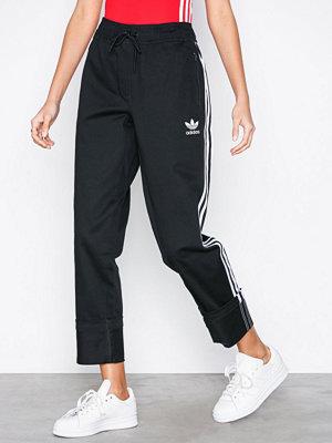 Adidas Originals svarta byxor Clrdo Pant Black