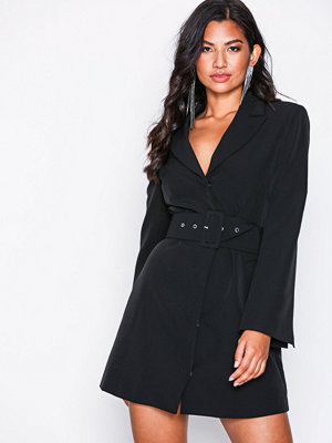 NLY Trend Sharp Suit Dress