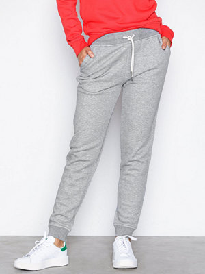 Gant ljusgrå byxor Tonal Shield Sweat Pants Grey Melange