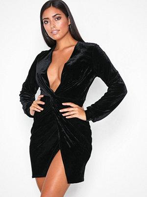 NLY One Thigh Slit Oversize Dress Svart