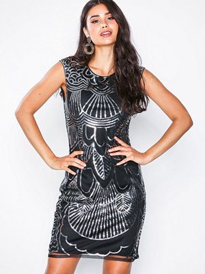 NLY One Art Deco Dress