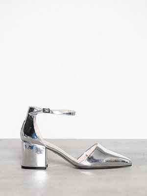 Bianco Divided Pump Silver
