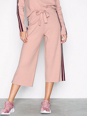 Noisy May persikofärgade byxor Nmshea Nw Stripe Culotte Pant D8