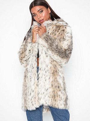 New Look Sienna Snow Animal White