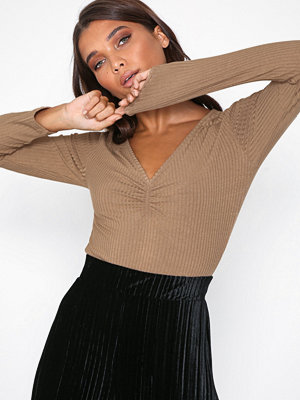 Toppar - NLY Trend Rib Sweetheart Top Beige