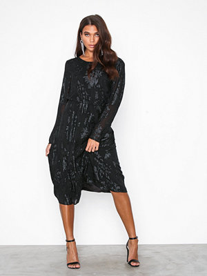Vila Violiane L/S Midi Dress Svart