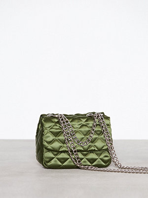 NLY Accessories omönstrad axelväska Triple Chain Bag