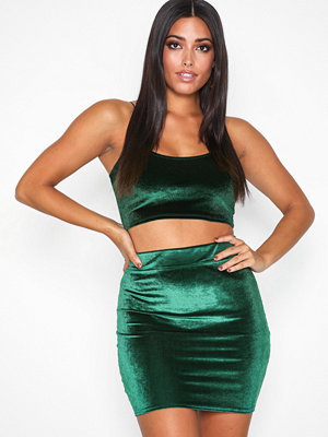 NLY One Mini Velvet Skirt Emerald Green