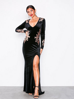 NLY Eve Decore Velvet Gown