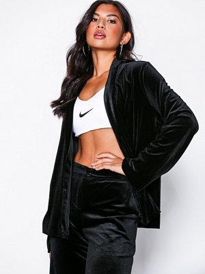NLY Trend Velvet Robe Blazer Svart