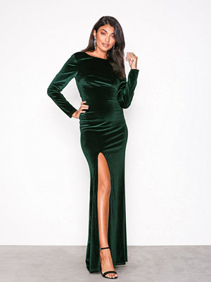 NLY Eve Twist Back Velvet Gown Grön