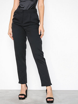 Missguided svarta byxor Pleat Front Cigarette Trousers Black