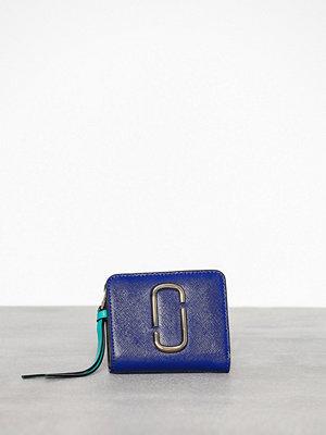 Plånböcker - Marc Jacobs Mini Compact Wallet Blue Multi