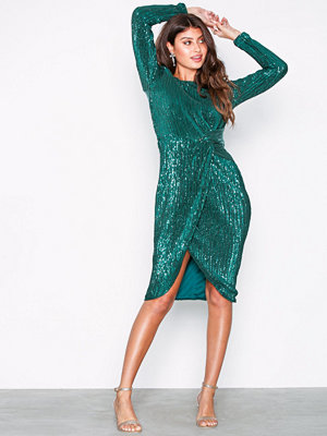 NLY Eve Padded Pleated Sequin Dress Grön