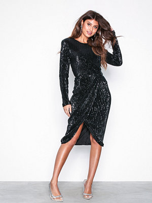 Festklänningar - NLY Eve Padded Pleated Sequin Dress Svart