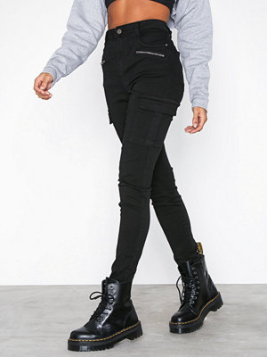 NLY Trend Superstretch Cargo Pants Svart