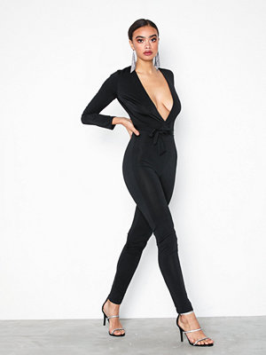 NLY One Low Plunge Glam Jumpsuit Svart