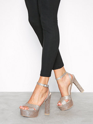 NLY Shoes Brilliant Block Plateau Sandal