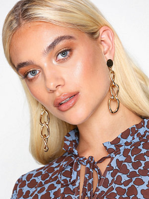 NLY Accessories örhängen Chain Drop Earrings Guld