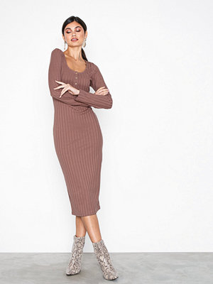 NLY Trend Rib Button Midi Dress Rosa