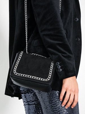 NLY Accessories Rock Chic Bag Svart axelväska