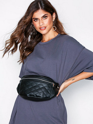 NLY Accessories Double Pocket Fanny Pack Svart axelväska