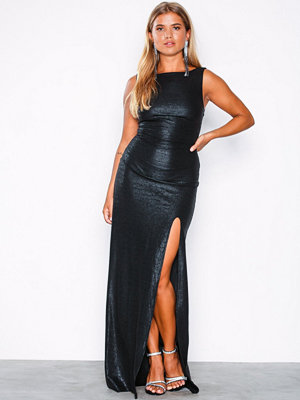 NLY Eve Shiny Deep Back Gown Svart
