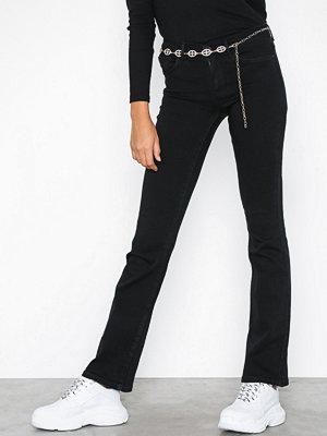 Only onlHELLA Reg Sweet Flared Dnm Jeans Svart