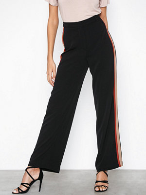 New Look svarta byxor Side Stripe Wide Leg Trousers
